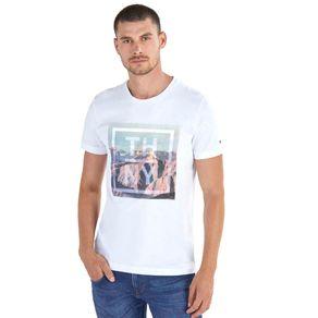 Tommy-Camiseta-Masculina-Gola-C-Estampada---EEG