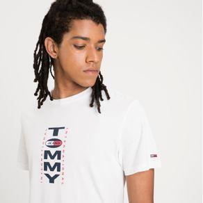 Tommy-Jeans-Camiseta-Regular-Vertical-Logo-TJDM0DM08610_TJYBR