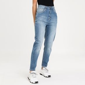 Tommy-Jeans-Calca-Jeans-Tapered-Mom-TJDW0DW08792_TJ1A5