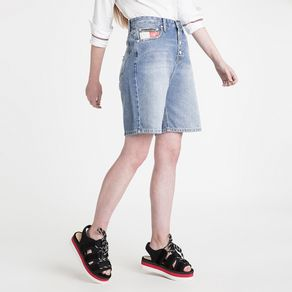 Tommy-Jeans-Shorts-Mom-